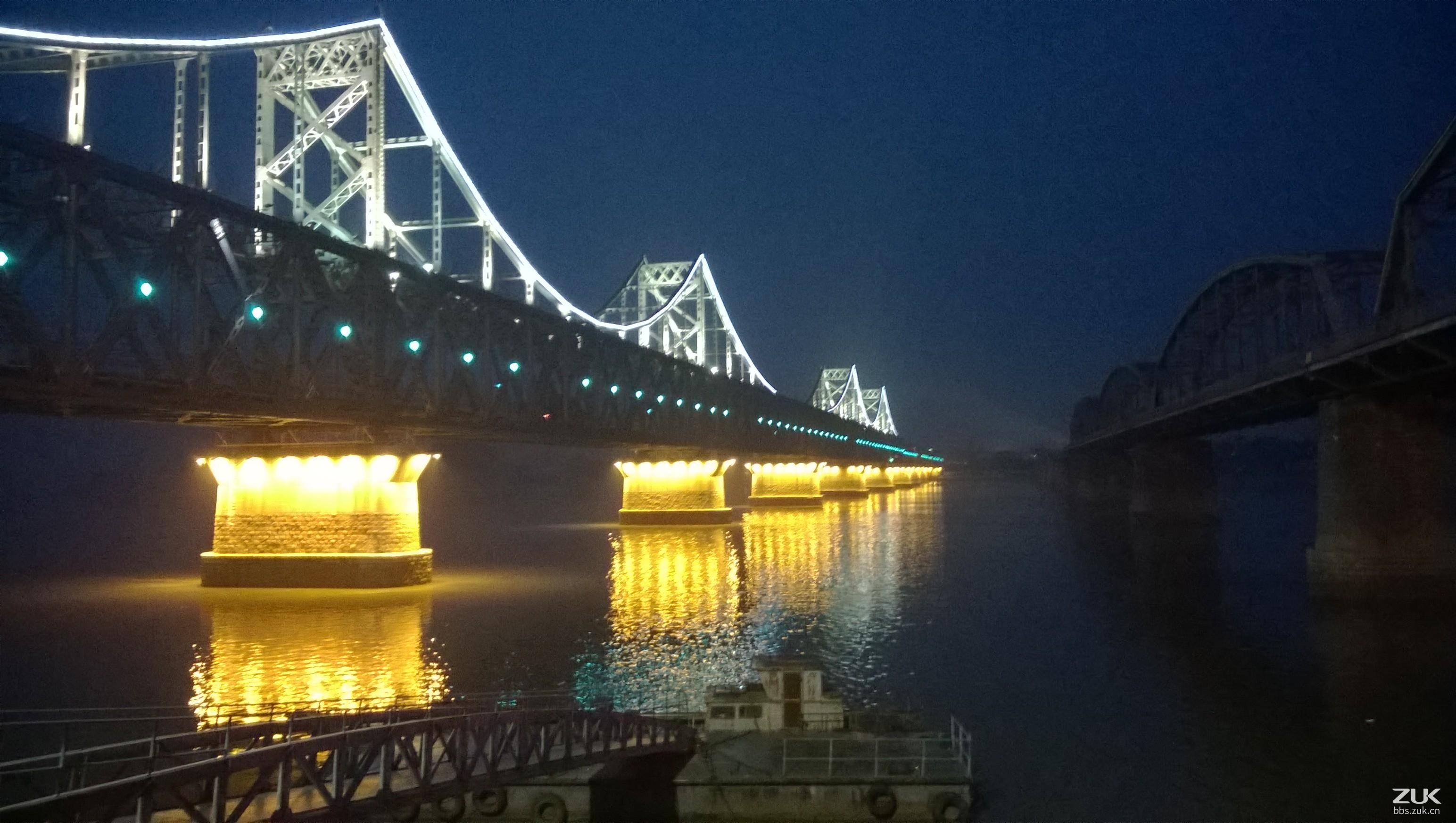 丹东夜晚风景图片