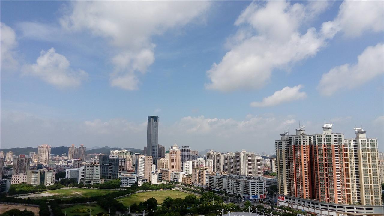 虎门镇,隶属于广东省东莞市,位于珠江三角洲几何中心,珠江口东岸,中国图片