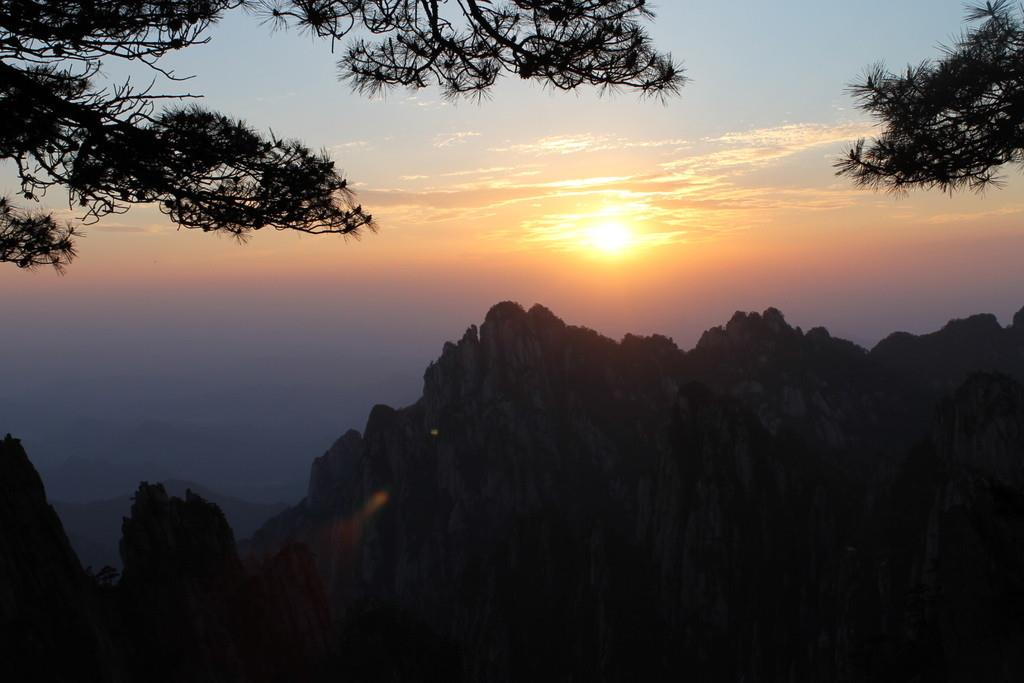 远山峰背景素材